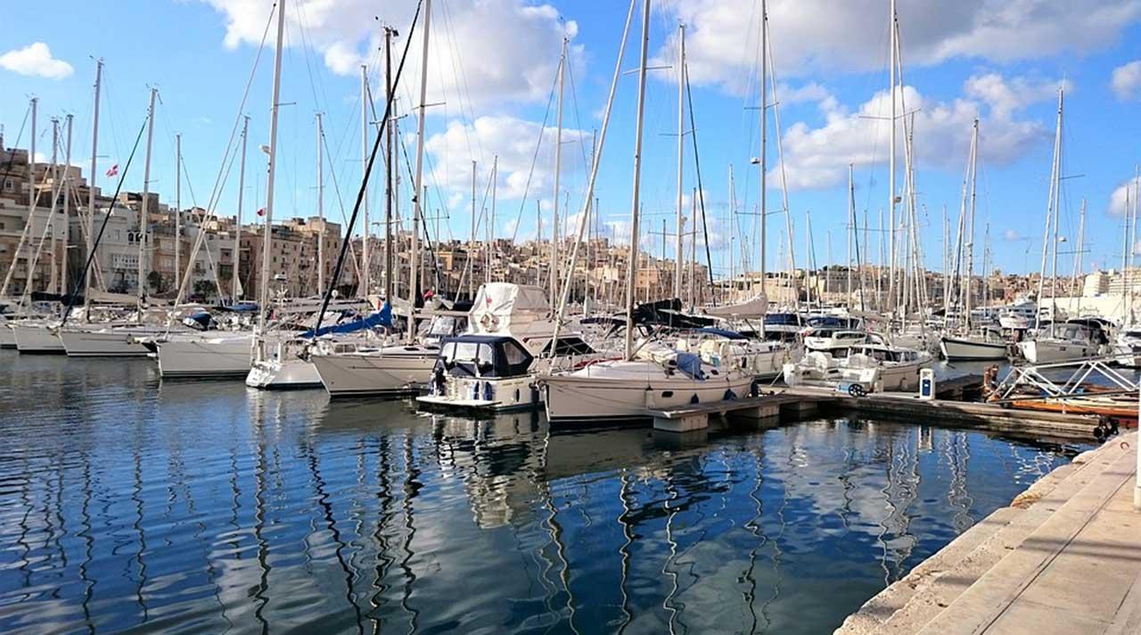 Traghetti per Malta