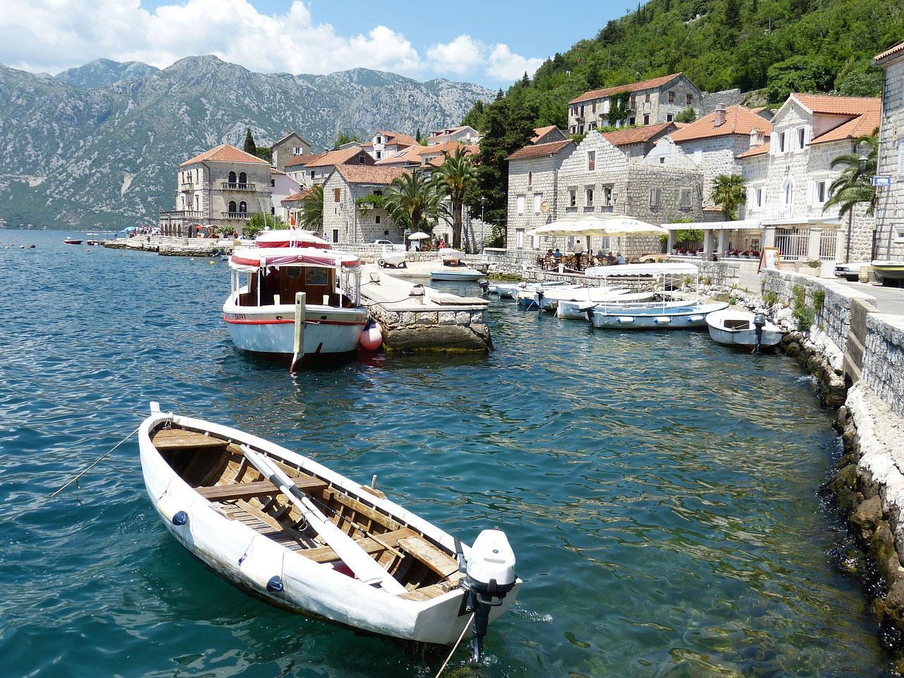 Traghetti per il Montenegro